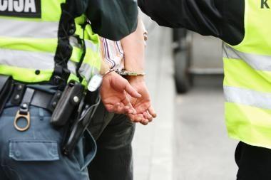 Klaipėdos uoste sulaikyti du teisėsaugininkų ieškoti vyrai