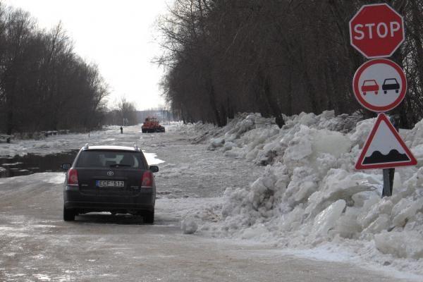 Atnaujintas mašinų judėjimas į Rusnę