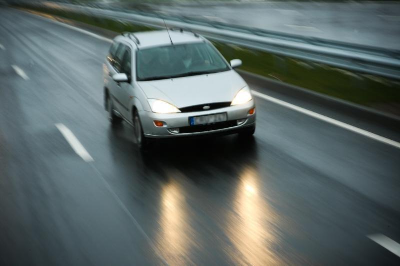 Dėl plikledžio eismo sąlygos - sudėtingos