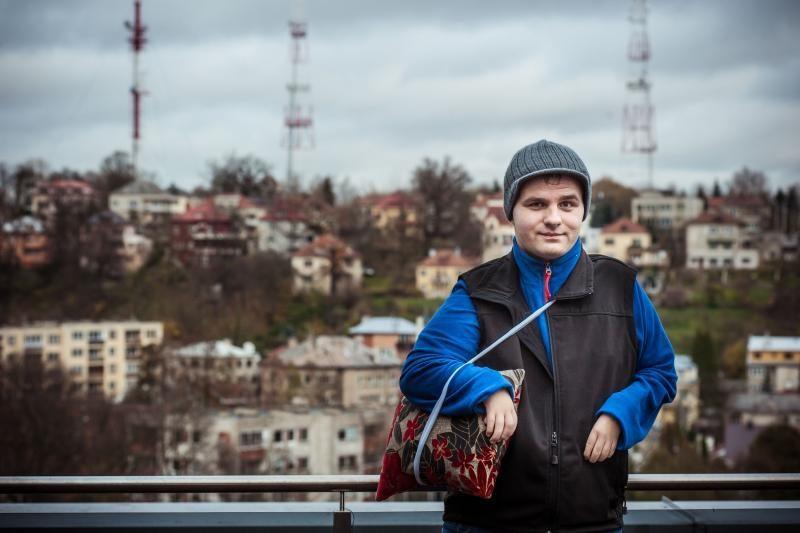 Devyniolikmetis tiki: nors vieną ranką jis valdys