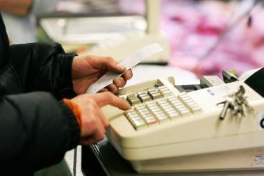 Užsienietės parduotuvėje - įstatymų pažeidimai