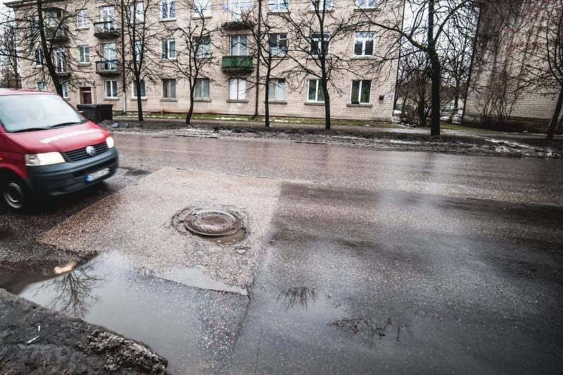 Apgailėtinomis Kauno gatvėmis susirūpino ir policija