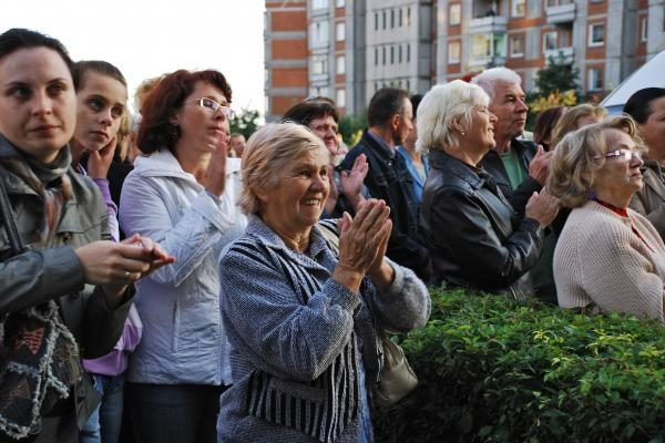 """Bendrijos """"Bandužiai"""" nariai mitingavo dėl pirmininko pašalinimo"""