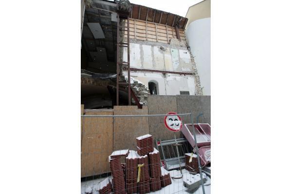 Šiaulių g. nugriuvusi namo dalis bus atstatyta iki gruodžio (papildyta 16.36 val.)