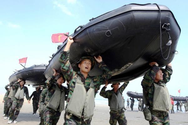 Pietų Korėjoje prasidėjo plataus masto kariniai jūrų mokymai