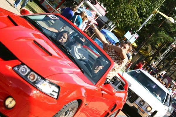 Palangoje rinksis amerikietiškų automobilių mėgėjai (programa)