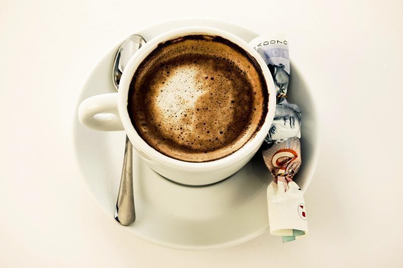 Kaip atsikratyti priklausomybės kavos puodeliui?