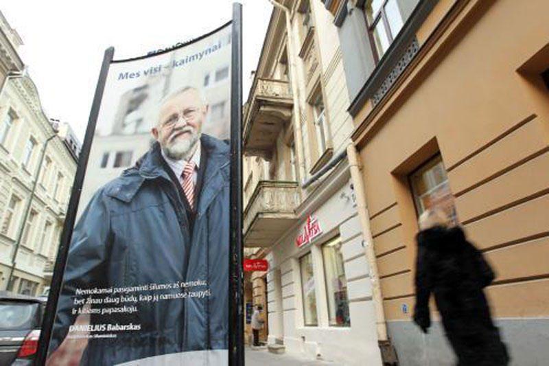 """""""Vilniaus energija"""" """"kaimynų"""" reklaminės kampanijos nenutraukė"""