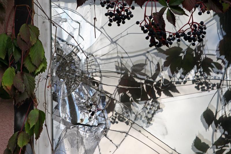 Lietuvos pasienyje gyventojų langus drebina sprogimai