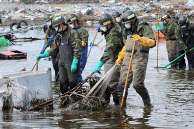 Japonija kenčia nuo gamtinių katastrofų padarinių