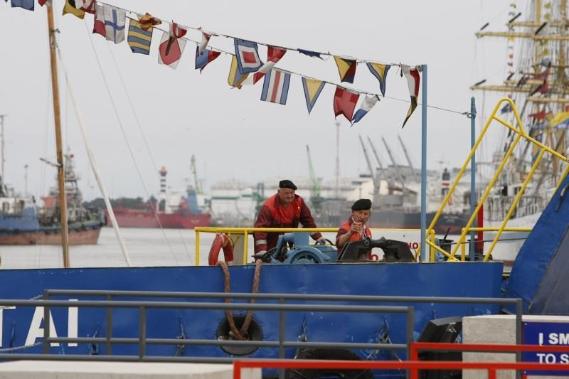 Burlaivių parado vedliai - Karinės jūrų pajėgos (papildyta)