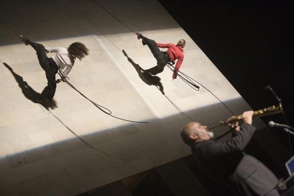 Italės kauniečius sužavėjo šokiu ant sienos