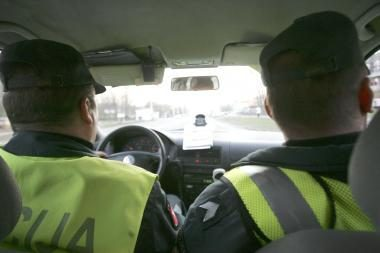 Vilniuje sustabdžius automobilį, nustatytas narkotikų turėjęs jaunuolis