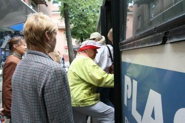 Į Klaipėdos autobusus lipama ne tik per priekį