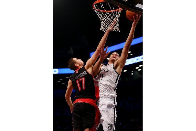 NBA: J. Valančiūnas užbuksavo, L. Kleiza vėl liko ant suolo