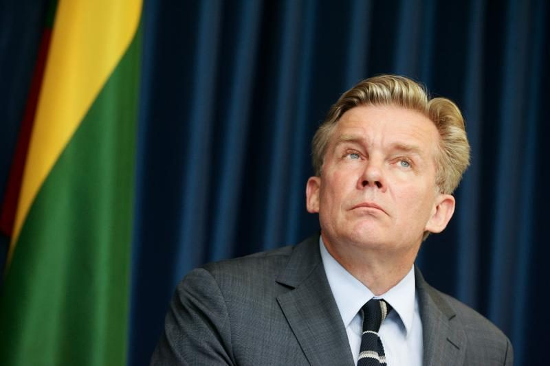 URM pareikalavo atšaukti prievolę dėl privačių deklaracijų