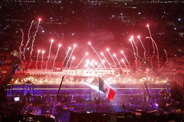 Meksikoje švenčiamos nepriklausomybės 200-osios metinės