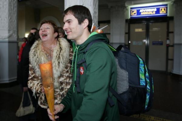 Olimpinės rinktinės slidininkai Lietuvą pasiekė be slidžių