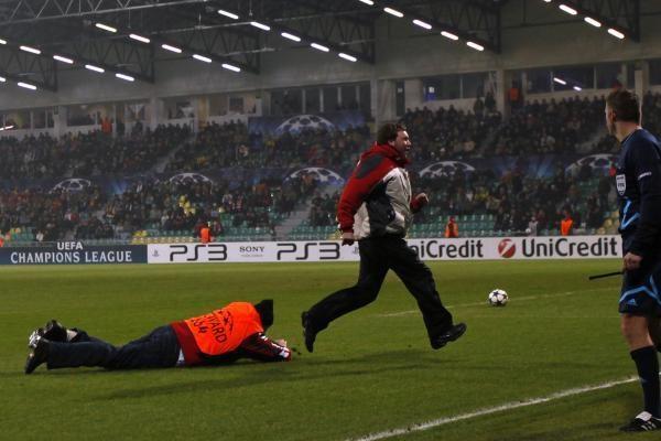 """Maskvos """"Spartak"""" fanai siautėjo Žilinoje"""