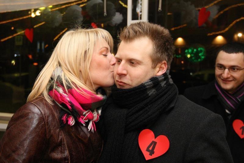 Vasario 14-oji Kaune paženklinta masinėmis sužadėtuvėmis