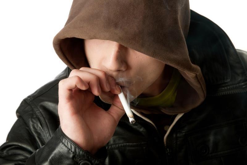 Paneigtas mitas, kad metus rūkyti jaučiama daugiau streso