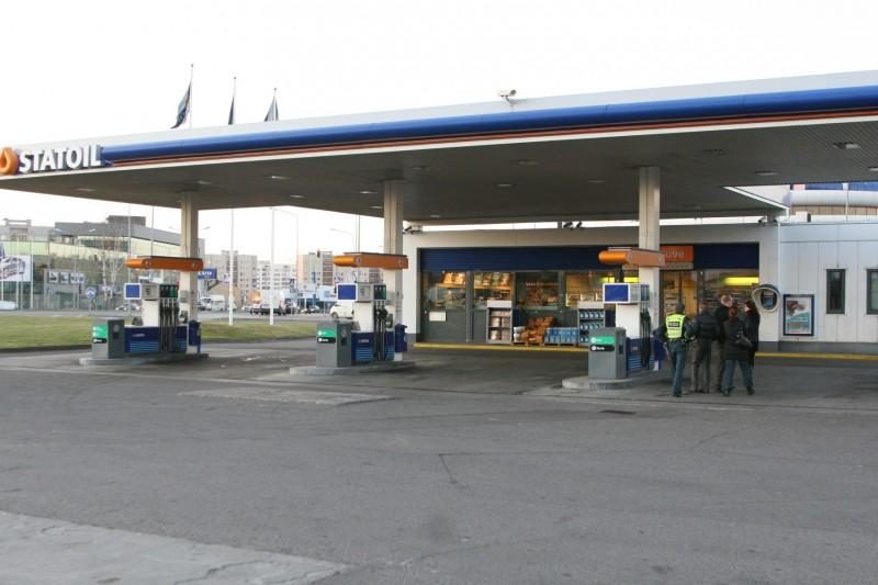 """Pagrasinta susprogdinti """"Statoil"""" degalinę Fabijoniškėse"""