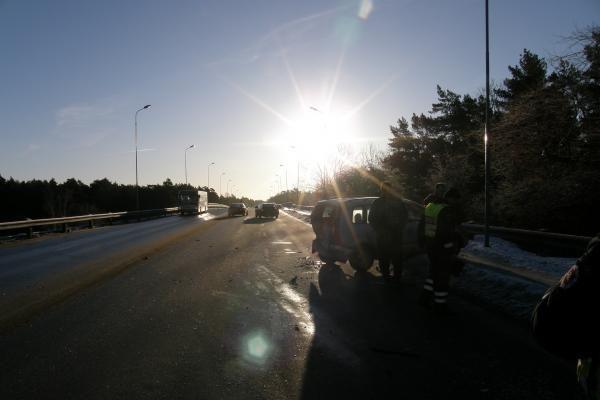 Avarijoje prie Melnragės sužalota moteris