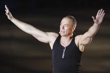J.C.Van Damme'as paneigė gandus apie patirtą širdies smūgį