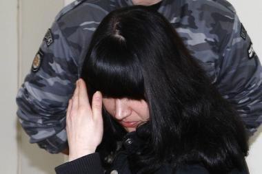 Uždusinusi ir į sąvartyną kūdikį išmetusi kaunietė išleista į laisvę