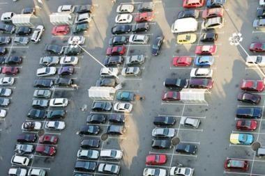 Europos automobilių rinka atsigaus 2011 metais
