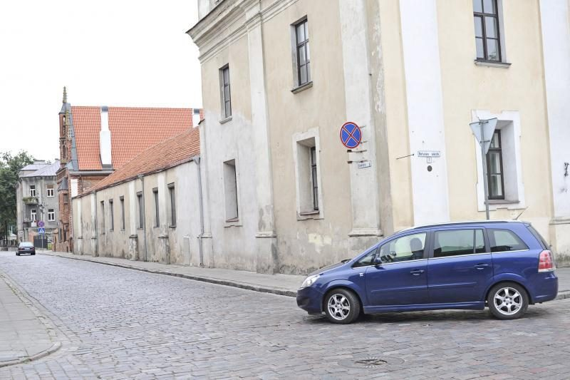 Apribojimai šalia Rotušės aikštės – išbandymas vairuotojams