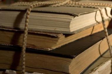 Klaipėdos miesto biblioteka išparduoda senas knygas