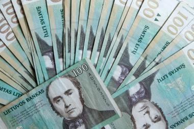 Pensininkė sukčiams atidavė 3000 litų