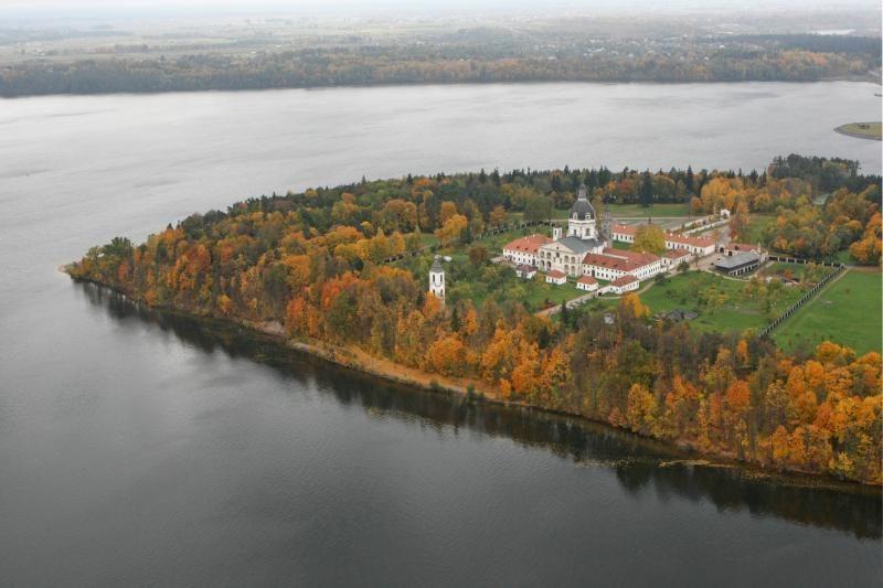 Apsaugant Pažaislio vienuolyną gali būti iškirsti medžiai