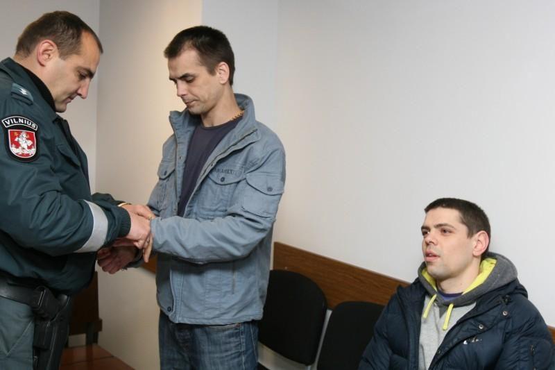 Paskelbtas nuosprendis automobilių vagišiams broliams Kosovams