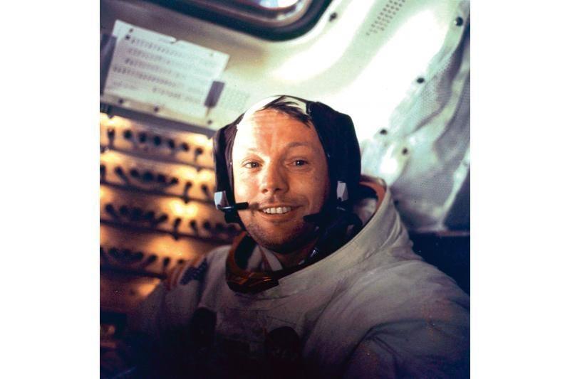 Mirė N.Armstrongas, tapęs pirmu Mėnulyje išsilaipinusiu žmogumi