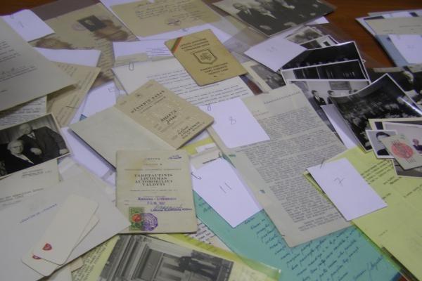 Į Lietuvą sugrąžintas prieškario diplomato archyvas