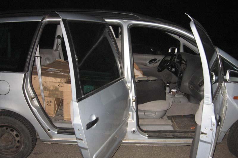 Vilnietis ir kaunietis vežėsi cigarečių – atsidūrė areštinėje