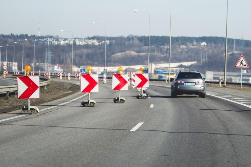 Spūstys magistralėje: Č.Radzinausko tiltas vėl remontuojamas