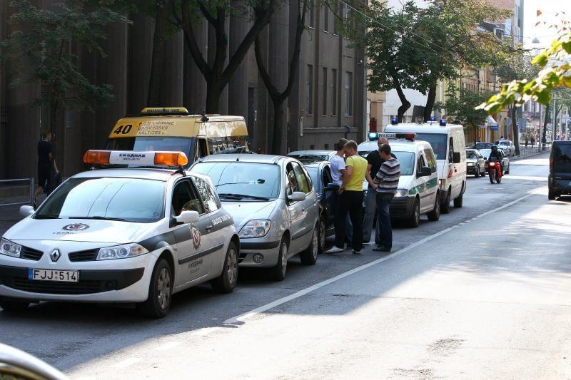 E.Ožeškienės gatvėje – automobilių avarijų virtinė
