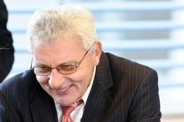 """A.Salamakinas: buvo spaudžiama neliesti M.Adomėno ir Seimo """"šokėjėlių"""" (papildyta)"""