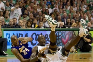 """Trečiąjį NBA finalo mačą """"Lakers"""" pavyko laimėti svečiuose"""