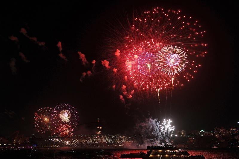 Pasaulis triukšmingai sutiko 2013-uosius