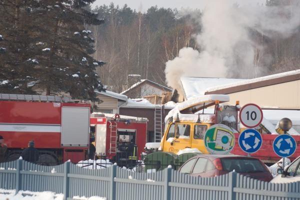 """Bendrovę """"Švytėjimas"""" nusiaubė gaisras"""