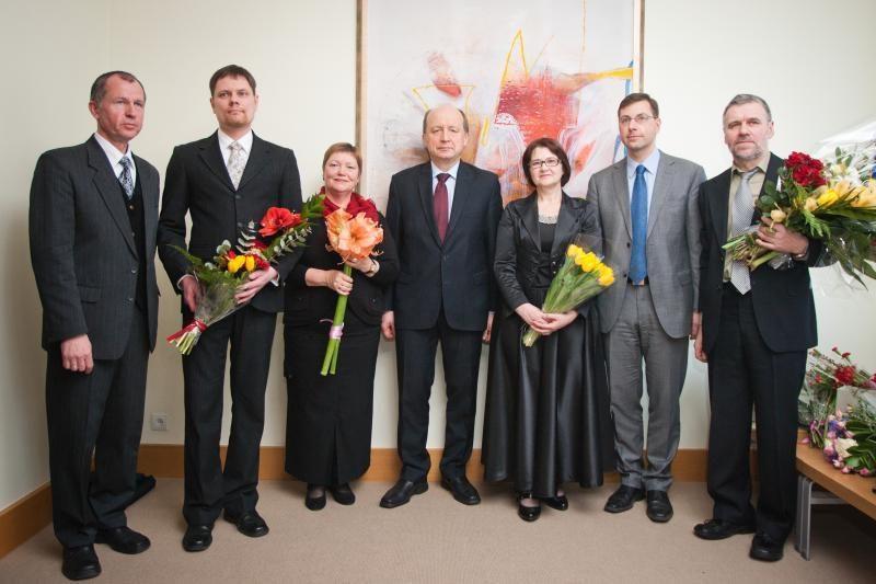 Vyriausybėje apdovanoti Metų mokytojo premijų laureatai