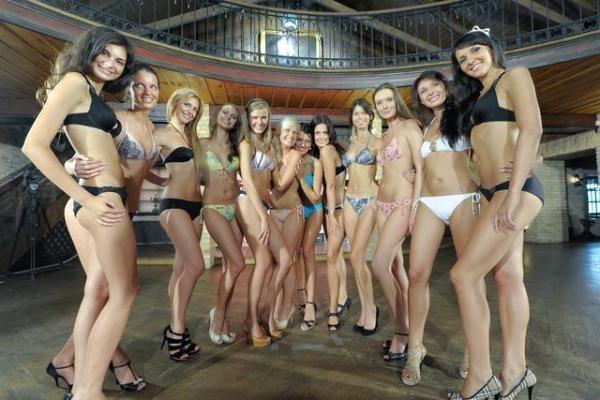 """Paaiškėjo """"Mis Lietuva 2010"""" finalininkės"""