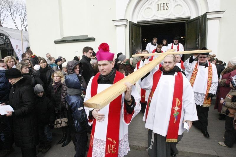 Klaipėdiečiai išsiruošė į Kryžiaus kelią