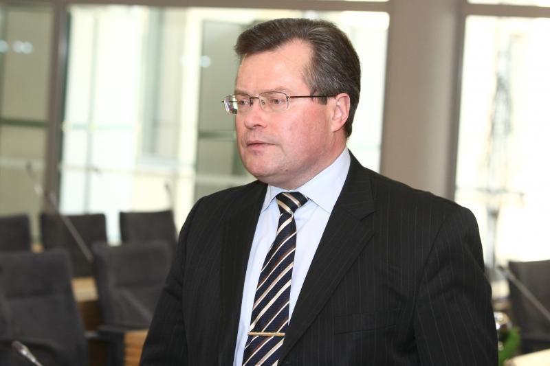 Iš ministrų tik R. Šukys eina nemokamų agitacijai skirtų atostogų