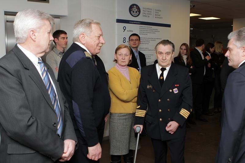Vasario 16-osios išvakarėse pagerbti uosto vadovai ir kapitonai