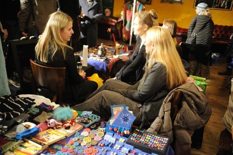 Vilniaus blusų turgus žiemos Šokių bare